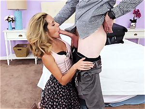spectacular sister just wants to penetrate her stepbrother