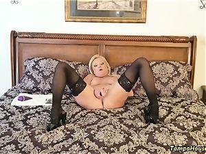 Ms Paris Rose in Confession of a porn star