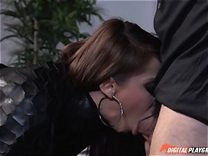 Madison Ivy has her perky poon speared