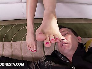 epic foot pleasures with Kendall Karson