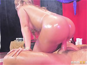 Oiley Mercedes Carrera pulverized thick time by phat spunk-pump