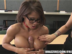 Brazzers - Madison in warm school three way
