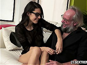 cutie Carolina well-prepped for an accomplished manhood to wedge her well