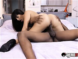 Latina cougar Mercedes creampied by big black cock