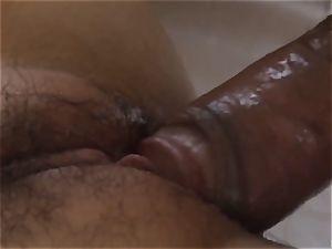 Miku Airi boned by bf in bedroom romance