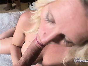 Devon Lee is lovinТ her man's flog plunged in her yummy throat