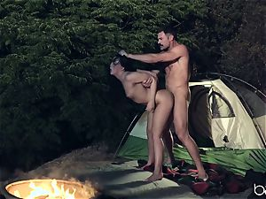 teenager fuckslut likes camping and outdoor pounding