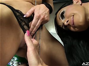 spectacular model and doll bodybuilders very first time together