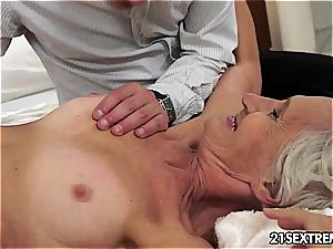 Smoking super hot Viviana senses hottest with younger manmeat inside her