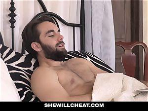 SheWillCheat insane wifey humped by hubbies worker