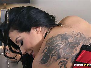 Phoenix Marie presents Kiara Mia to assfuck