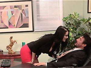assistant Katrina Jade plows her super-hot chief at work