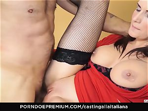 casting ALLA ITALIANA - buxom brunette enjoys moist anal