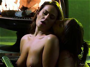 Elexis Monroe seduced by steaming stepdaughter Abella Danger