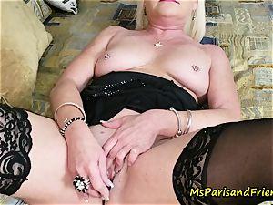 aunt Paris entices Her sista