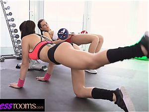 sport rooms Face sitting labia tonguing young Czech