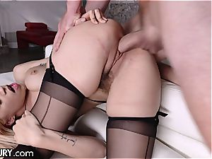 Stepsis Lyra is a spunk craving walking allurement