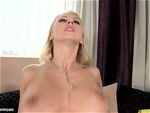 Mandy Dee loves dump of huge cum juice right on her boobs