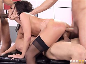 Adriana Chechik romps trio hard-ons at once