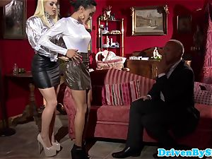 Bigtitted prostitutes cum-exchanging after triosex