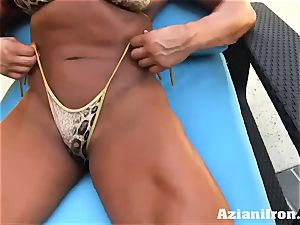 Amazon Amber Deluca takes off and playthings her raw hole