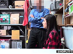 scorching shoplifter pulverizing two boys to get out of grief