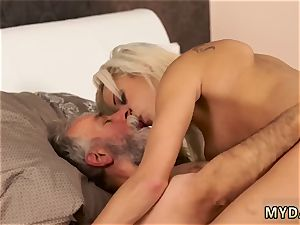 Russian nubile ladies Surprise your girlassociate and she will pummel with your father