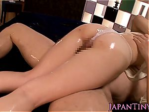 lubed japanese babe drilled by pink cigar