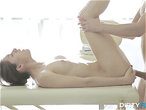 sloppy Flix - Aruna Aghora - massage and ass fucking delectation