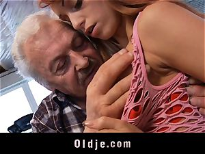 Oldman Gustavo blessed to pulverize mind-blowing Erica Fontes