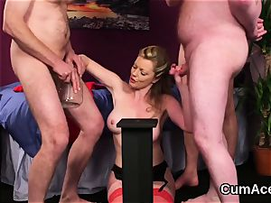 Peculiar idol gets cumshot on her face swallowing all the spunk