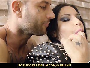 HER restrain - Serbian Annie teddy bum smashed hard-core